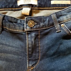 Vintage America Distressed Cropped jeans